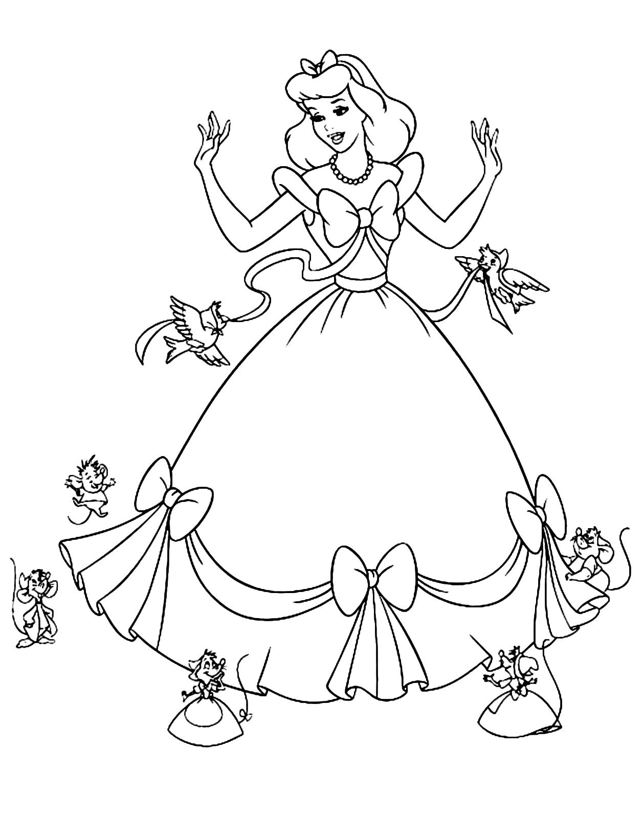 Cinderella - Mice and birds help Cinderella make her dress