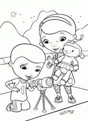 Dotti looks her brother Donny using the telescope Aurora